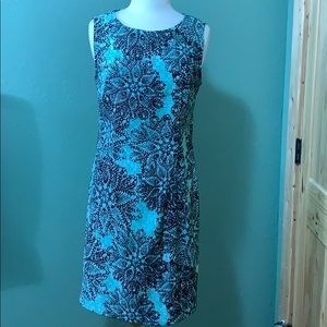 Straight Sleeveless Dress Size 12 Brand-Connected